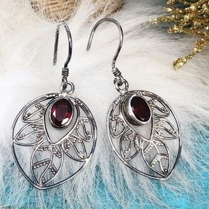 Jewelry - Sterling Silver Garnet Filigree Leaves Earrings